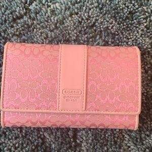 Coach Tri fold pink wallet